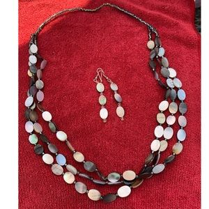 Native American made Shell Necklace & Earring set